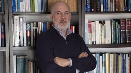 """Luis Secco: """"Los dólares seguirán siendo la mercadería más escasa de la economía argentina"""""""